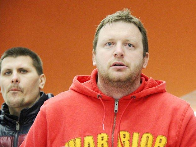 Hokejisté Frýdku-Místku pod vedením trenéra Miroslava Kameníka odehráli již 21 zápasů s bilancí osm vítězství a třinácti porážek.