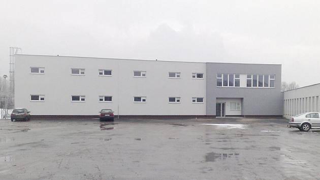 Fotbalový stadion ve frýdecko-místeckých Stovkách prošel rekonstrukcí za téměř 83 milionů korun.