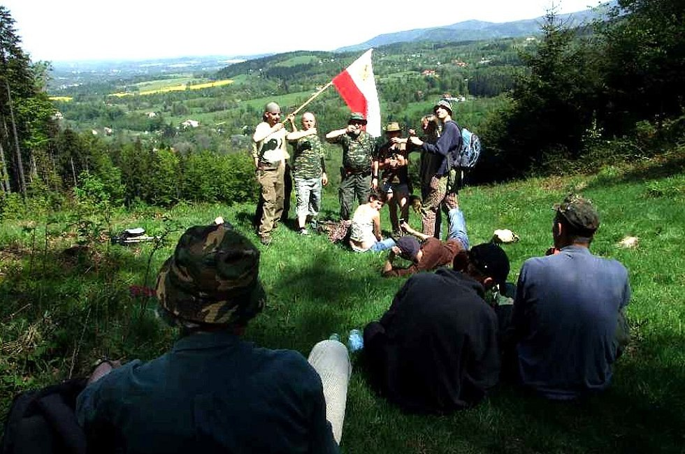 Lašský král Zdeňa Viluš I. alias Zdeněk Krulikovský se svou družinou a armádou za zpěvu lašské hymny podnikl třetí lašský výšlap na vrch Kozinec v Čeladné.
