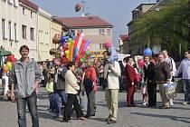 Tradiční brušperskou pouť, která je zasvěcená svatému Jiří, v neděli 27. dubna provázelo velmi slunečné počasí.