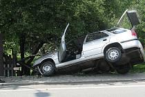 Řidič osobního automobilu v pondělí 27. června kolem půl třetí odpoledne nezvládl řízení a havaroval na Bruzovské ulici ve Frýdku-Místku.