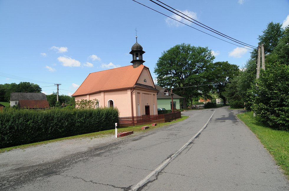 Kaple Narození Panny Marie v Žermanicích.