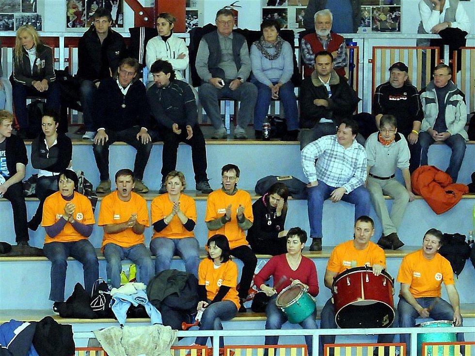 Extraligové volejbalistky Frýdku-Místku si před domácím publikem snadno poradily s nováčkem ze Střešovic.