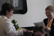 Náměstek primátorky Frýdku-Místku Petr Cvik tradičně přijal u příležitosti Dne učitelů nejlepší kantory z Frýdku-Místku