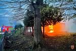 Hasiči ze čtyř jednotek se v pátek 7. května 2021 ve Stříteži na Frýdecko-Místecku zapojili do likvidace požáru objektu sestaveného z větší části z unimobuněk.