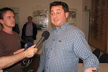 U hlasování o tom, zda se v Třinci bude prodávat část městských bytů, chyběl loni Radim Turek (na snímku). Ze sálu odešel s několika kolegy kvůli způsobu, jakým se ukončila debata.