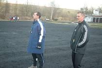 Radoslav Látal (vlevo) se svým asistentem Daliborem Damkem.