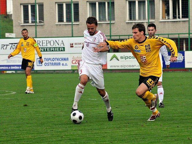 Ivan Martinčík (v bílém).