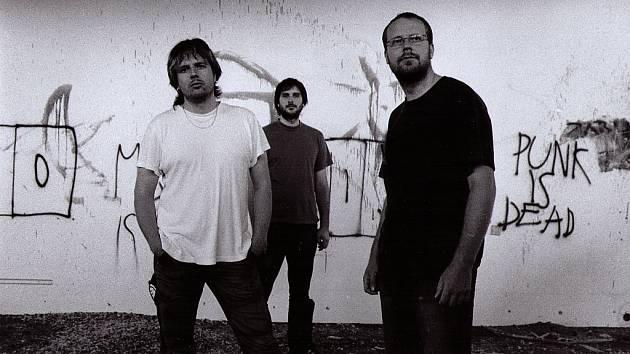 Návštěvníci letošního festivalu Sweetsen fest slyšeli i kapelu Downbelow.