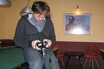 Lukáš Horký se svým fotoaparátem.