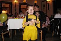 Řada dětí se v Národním domě objevila v kostýmu.