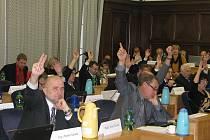 Ilustrační foto z jednání zastupitelstva.