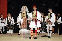 Soubor z Řecka při vystoupení na minulém ročníku festivalu.Ar