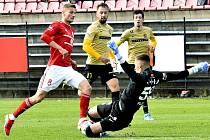 Brněnský brankář Jiří Floder zaskočil za zraněného Martina Berkovce a proti třineckým fotbalistům si připsal první nulu v této sezoně.