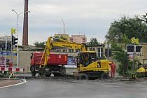Železniční přejezd v Nádražní ulici ve Frýdku-Místku.