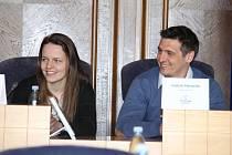 Patrony letošního finále Sportovní ligy ZŠ se stali házenkáři Lenka Roháčková a Vojtěch Petrovský.