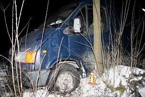 Zběsilá jízda opilého řidiče naštěstí neskončila tragicky. Policisté muži při dechové zkoušce naměřili téměř dvě a půl promile alkoholu.