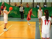 Fotografie z utkání mladších žákyň U14.