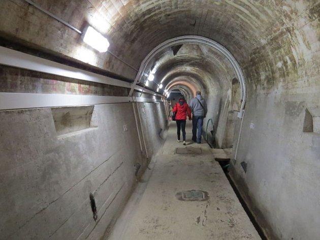 Lidé se mohli v sobotu při dni otevřených dveří podívat do útrob Žermanické přehrady, která patří pod správu Povodí Odry.