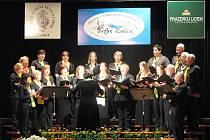 Mezinárodní festival pěveckých sborů, který se 8. a 9. května uskutečnil v Bašce a ve Frýdku-Místku, slavil velký úspěch.