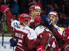 Hokejisté Frýdku-Místku zdolali doma Vsetín 4:3.