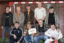 Vítězné družstvo z Třince.