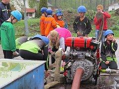 Mladí hasiči v sobotu soutěžili ve frýdlantské části Nová Ves.