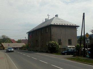 Stávající budova obecního úřadu.