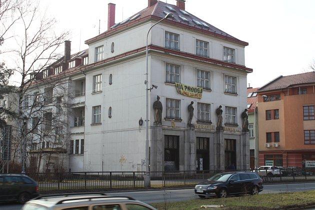 Město koupilo budovu bývalé Moravia banky.