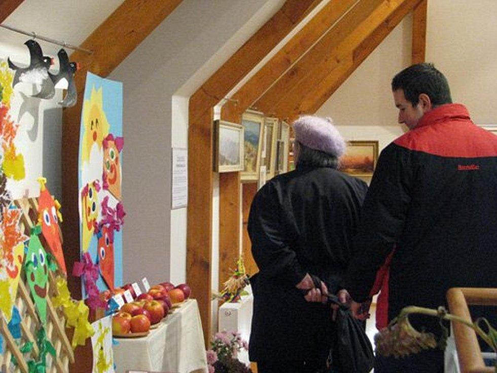 Zahrádkáři z Fryčovic připravili výstavu výpěstků