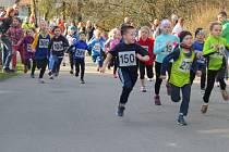 Všechny generace v sobotu běžely v sobotu Hrádkem.
