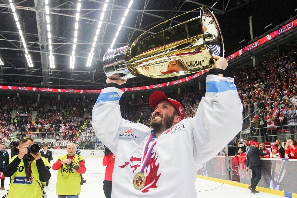 Finále play off hokejové extraligy - 6. zápas HC Oceláři Třinec - Bílí Tygři Liberec, 28. dubna 2019 v Třinci. Na snímku brankář Třince Šimon Hrubec.
