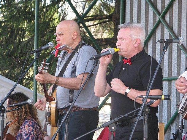 Na Hutnickém dni dříve vystoupili také Ivan Mládek a Milan Křivský, alias Milan Pitkin.