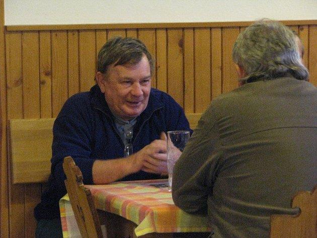 Tvarůžkové hody se konají během víkendu v hospodě Ondráš v Janovicích.