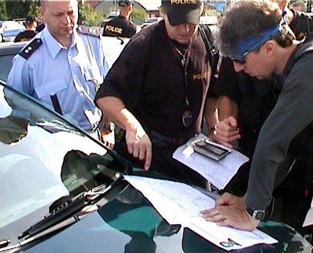 Přes třicet policistů se zapojilo do pátrací akce po ztraceném cyklistovi z Frýdku-Místku.