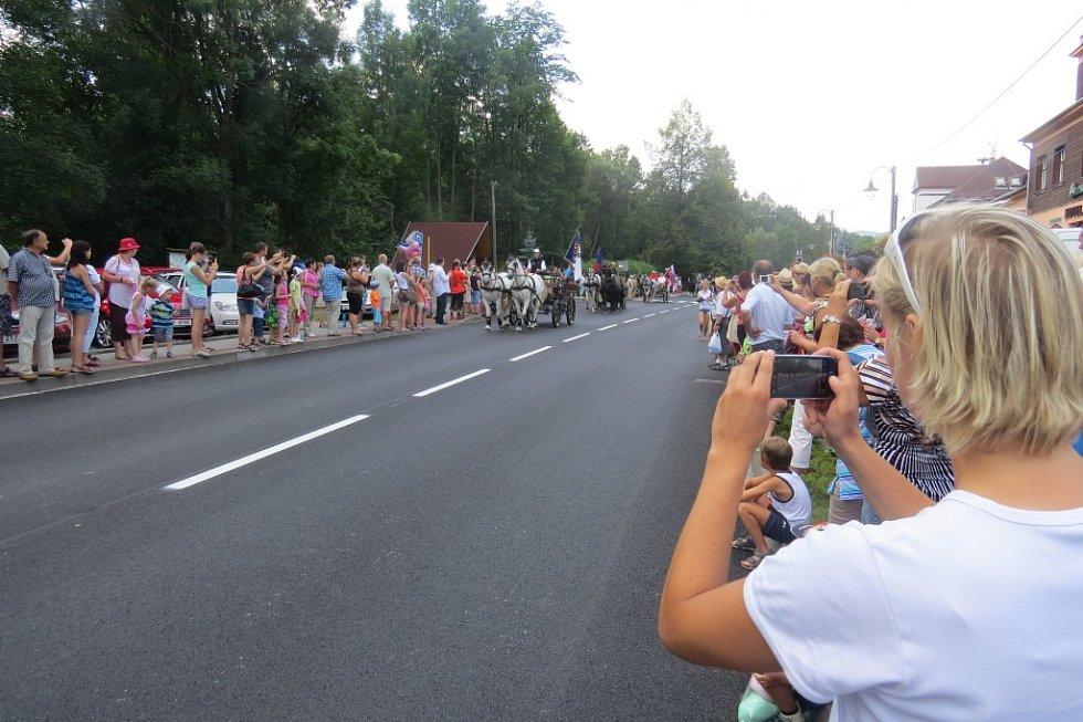 V Dolní Lomné se v sobotu konal čtvrtý ročník oblíbených vozatajských závodů.