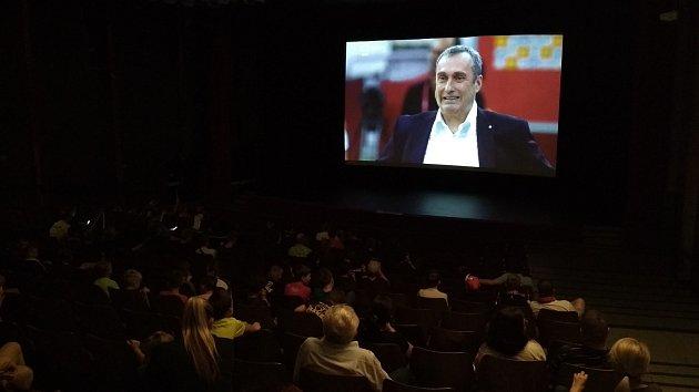 Promítání čtvrtfinálového zápasu světového šampionátu v kině Petra Bezruče