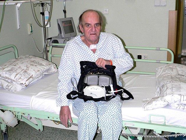 Pavel Fišer se podrobil v třinecké nemocnici unikátnímu zákroku.