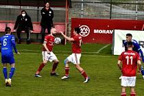 Fotbalisté Třince porazili Vyšehrad a dočkali se první jarní výhry.