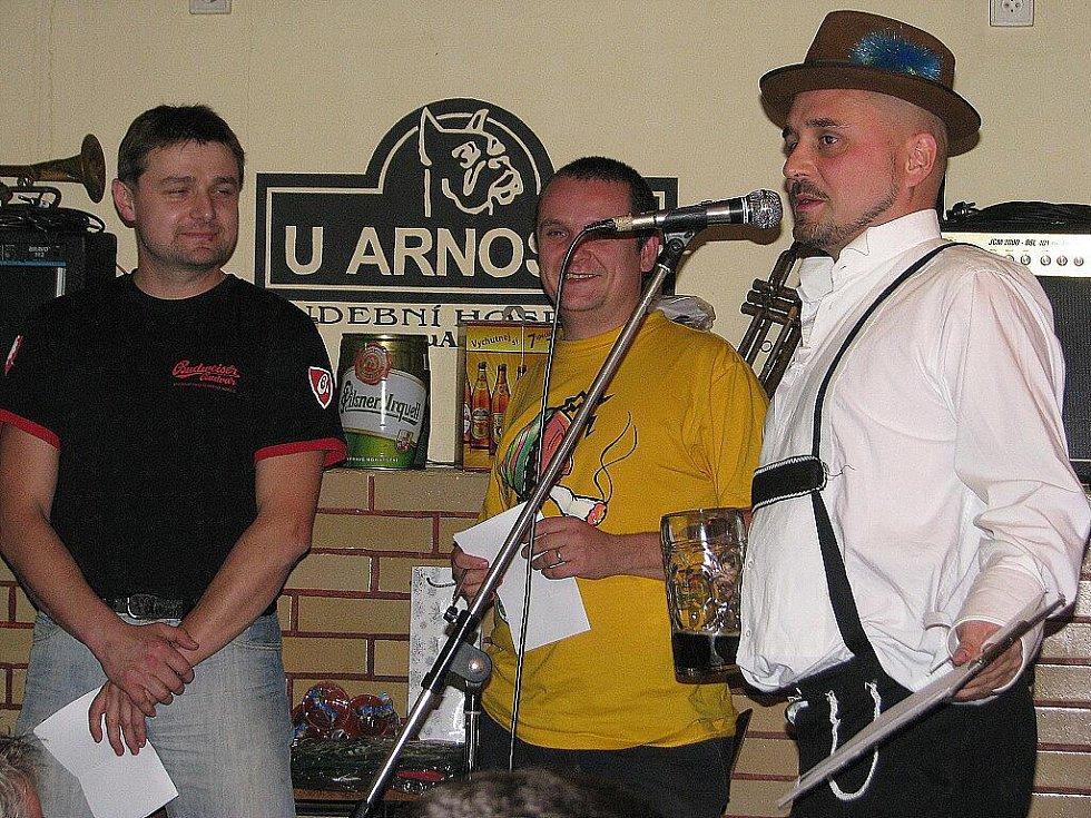 Frýdecko-místecká hospůdka U Arnošta hostila v pátek večer recesistickou akci – OctoBEERfest.