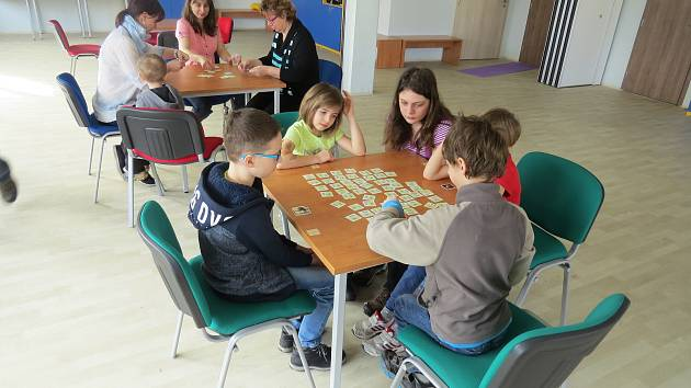 Ve Frýdlantu nad Ostravicí soutěžily děti v pexesu.