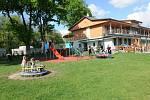 Staré Město se může pochlubit moderním sportovním areálem, který nemá obdobu v okolních vesnicích.