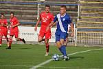 Fotbalisté MFK Frýdek-Místek (v modrém) remizovali v domácím prostředí s otrokovickou Viktorií 1:1.