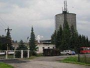 Nákaza BSE neboli nemocí šílených krav byla prokázána u pět a půl roku staré krávy v chovu Zemědělského družstva Roprachtice na Semilsku.