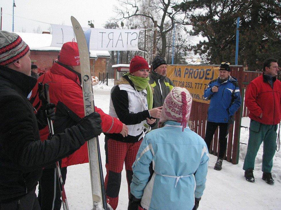 V Hnojníku v sobotu závodili běžci na lyžích. Závod ve volném stylu o pohár starostky obce se konal za ideálního počasí.
