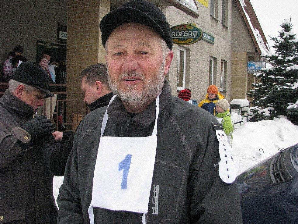 S číslem jedna se vydal na trať hlavní organizátor Karel Vitásek,