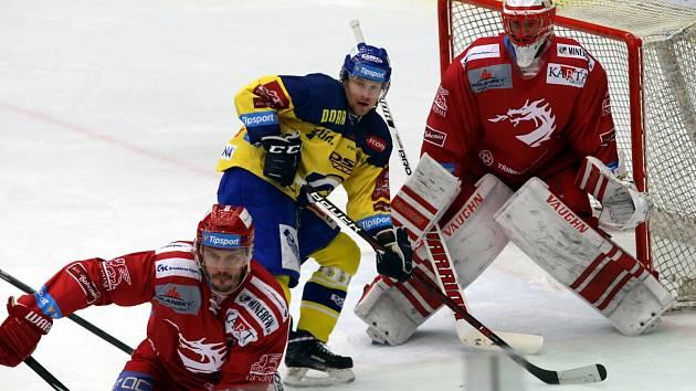 Šimon Hrubec v bráně byl jako obvykle oporou svého mužstva.