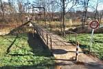 Lávka pro pěší a cyklisty přes řeku Ostravici, která spojuje Frýdek-Místek se Sviadnovem.