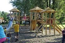 V Bašce-Hodoňovicích otevřeli zbrusu nové dětské hřiště.