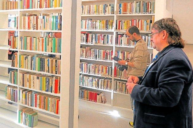 Knihovna Gymnázia a Střední a odborné školy v Cihelní ulici ve Frýdku-Místku.